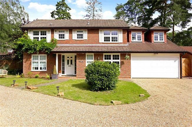 Offers in excess of £999,950, 4 Bedroom Detached House For Sale in Farnham, Surrey, GU10