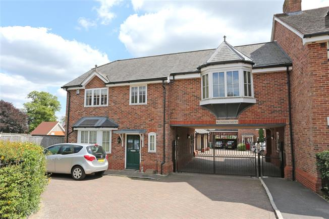 Guide Price £540,000, 3 Bedroom Semi Detached House For Sale in Farnham, Surrey, GU9