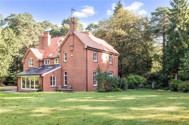 Guide Price £1,690,000, 6 Bedroom Detached House For Sale in Eversley, RG27