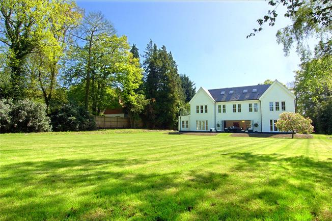 Guide Price £2,250,000, 6 Bedroom Detached House For Sale in Surrey, GU15