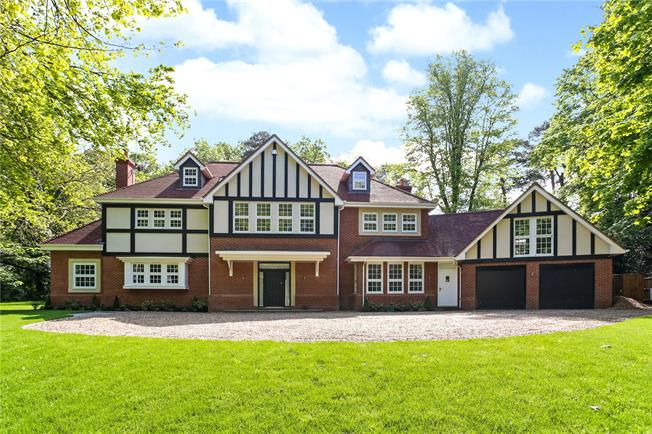 Guide Price £2,000,000, 6 Bedroom Detached House For Sale in Surrey, GU15