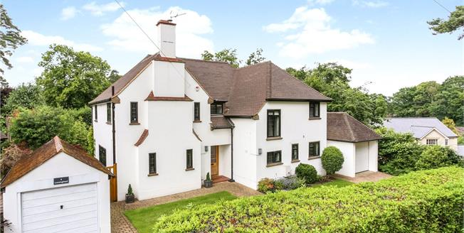 Guide Price £1,100,000, 5 Bedroom Detached House For Sale in Surrey, GU15