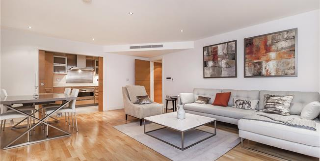 Asking Price £1,095,000, 2 Bedroom Flat For Sale in London, SW6