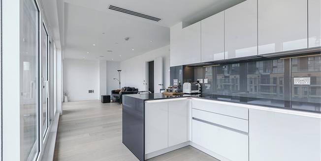 Offers in excess of £1,500,000, 3 Bedroom Flat For Sale in London, SW6