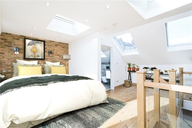 Asking Price £1,395,000, 4 Bedroom Terraced House For Sale in London, SW6