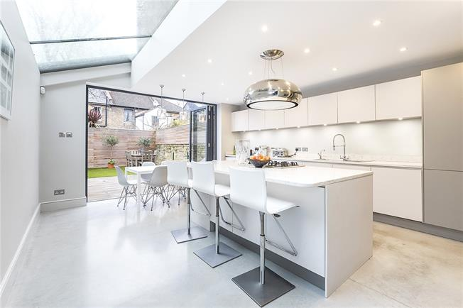 Asking Price £2,500,000, 6 Bedroom Terraced House For Sale in London, SW6