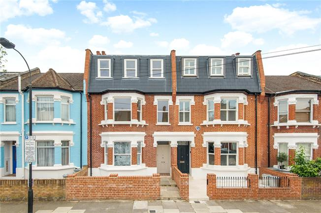 Asking Price £2,300,000, 5 Bedroom Terraced House For Sale in London, SW6