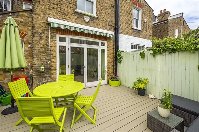 Asking Price £1,650,000, 4 Bedroom Terraced House For Sale in London, SW6