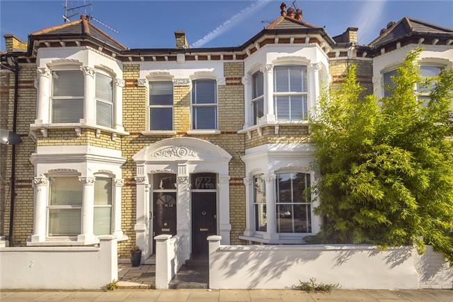 Asking Price £1,295,000, 5 Bedroom Terraced House For Sale in London, SW6