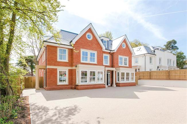 Guide Price £1,695,000, 4 Bedroom Semi Detached House For Sale in Buckinghamshire, SL9