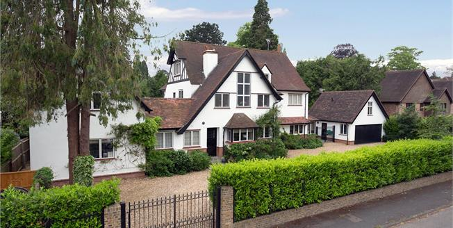 Guide Price £3,495,000, 6 Bedroom Detached House For Sale in Gerrards Cross, Buckingha, SL9