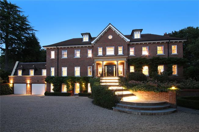 Guide Price £4,850,000, 6 Bedroom Detached House For Sale in Gerrards Cross, SL9