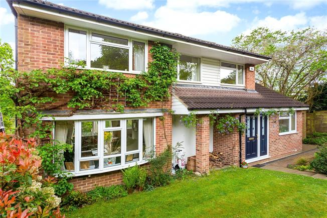 Asking Price £820,000, 4 Bedroom Detached House For Sale in Surrey, GU7