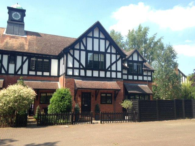 Guide Price £799,950, 4 Bedroom Semi Detached House For Sale in Godalming, Surrey, GU7