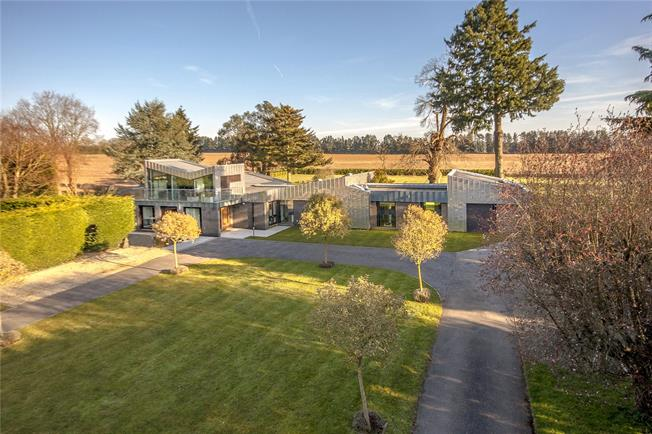 Guide Price £2,850,000, 6 Bedroom Detached House For Sale in Surrey, GU7