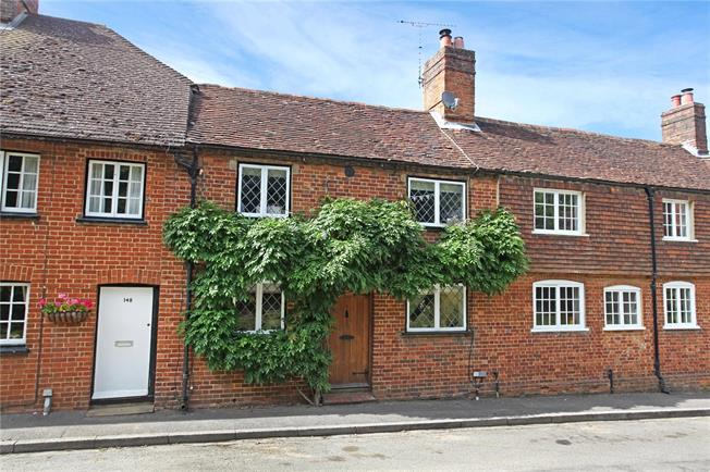 Guide Price £565,000, 3 Bedroom Terraced House For Sale in Puttenham, GU3