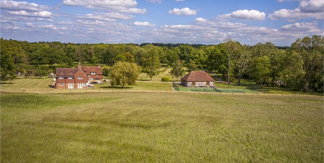 Guide Price £2,995,000, 6 Bedroom Detached House For Sale in Surrey, GU8