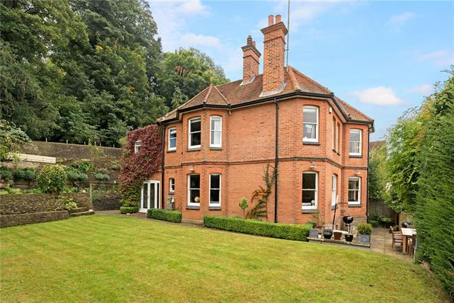 Guide Price £1,500,000, 4 Bedroom Detached House For Sale in Surrey, GU7
