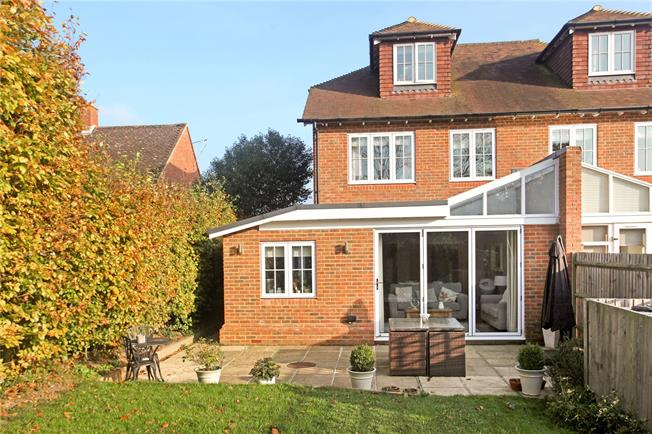 Guide Price £630,000, 4 Bedroom Semi Detached House For Sale in Compton, GU3
