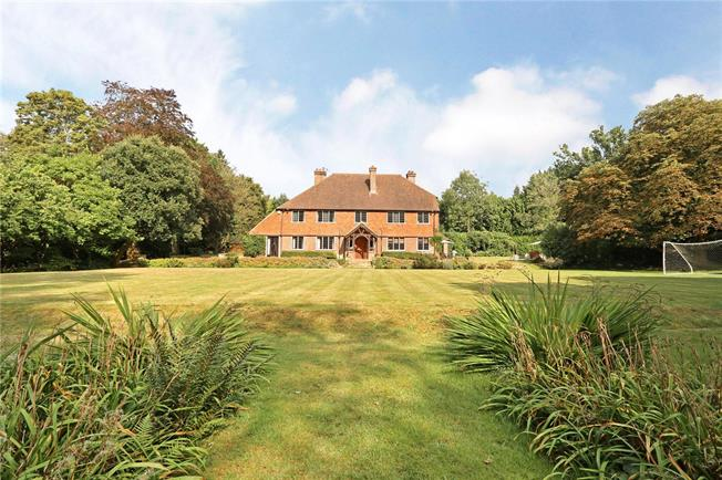 Guide Price £2,350,000, 6 Bedroom Detached House For Sale in Hurtmore, GU7