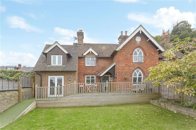 Asking Price £650,000, 3 Bedroom Semi Detached House For Sale in Godalming, GU7