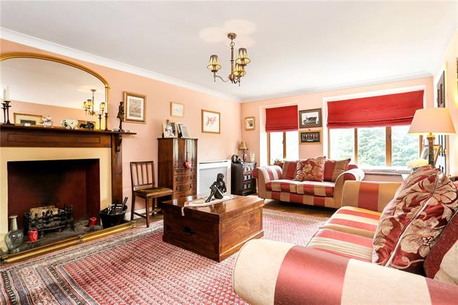 Guide Price £685,000, 3 Bedroom House For Sale in Hascombe, Godalming, GU8