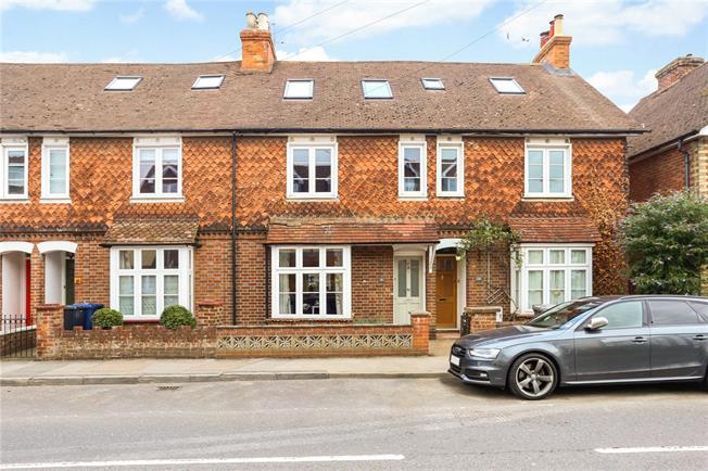 Asking Price £475,000, 4 Bedroom Terraced House For Sale in Godalming, GU7