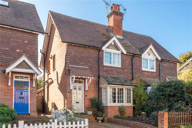 Guide Price £685,000, 3 Bedroom Semi Detached House For Sale in Guildford, Surrey, GU3