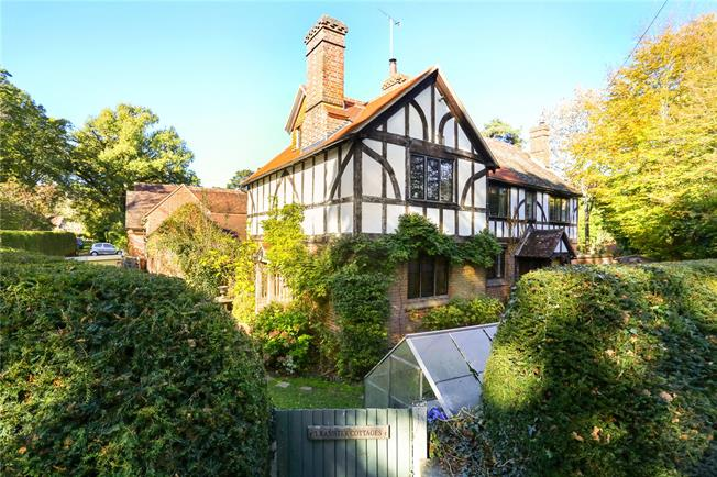 Guide Price £650,000, 4 Bedroom Semi Detached House For Sale in Chiddingfold, GU8