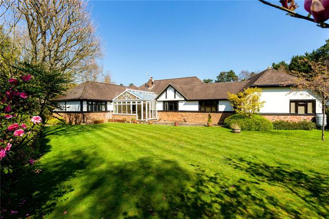 Asking Price £1,075,000, 4 Bedroom Bungalow For Sale in Godalming, Surrey, GU7