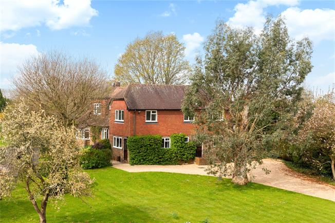 Offers in the region of £1,100,000, 4 Bedroom Detached House For Sale in Hydestile, GU8