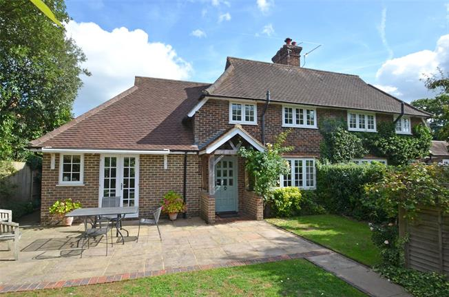Guide Price £585,000, 3 Bedroom Semi Detached House For Sale in Dunsfold, GU8