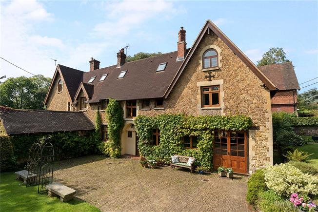 Guide Price £800,000, 5 Bedroom Semi Detached House For Sale in Wormley, GU8