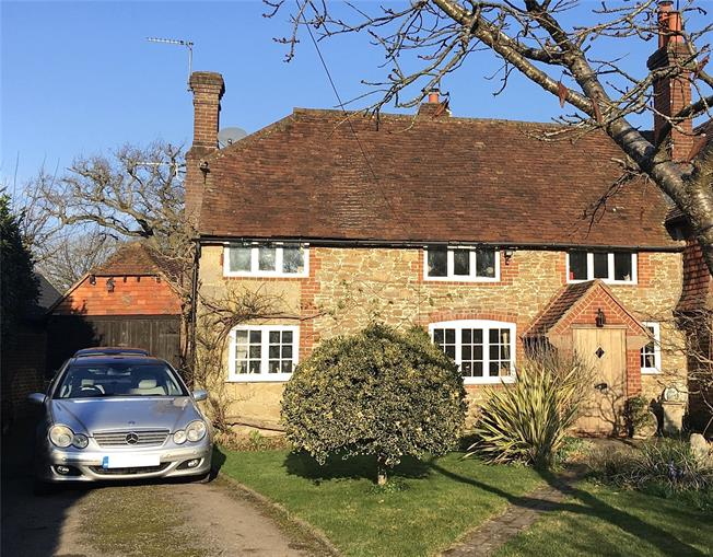 Guide Price £725,000, 3 Bedroom Semi Detached House For Sale in Godalming, Surrey, GU8