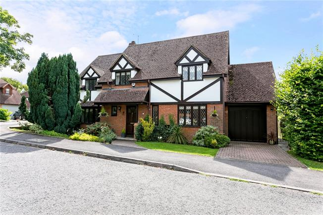 Offers in excess of £749,999, 4 Bedroom Detached House For Sale in Princes Risborough, HP27