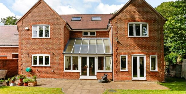 Offers in excess of £940,000, 5 Bedroom Detached House For Sale in Great Kingshill, HP15