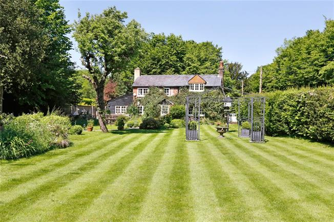 Offers in the region of £925,000, 4 Bedroom Detached House For Sale in The Lee, HP16