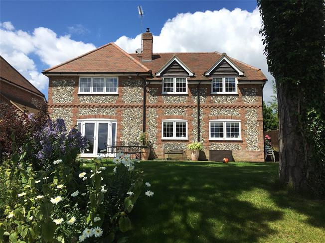 Offers in excess of £899,950, 4 Bedroom Detached House For Sale in Downley, HP13