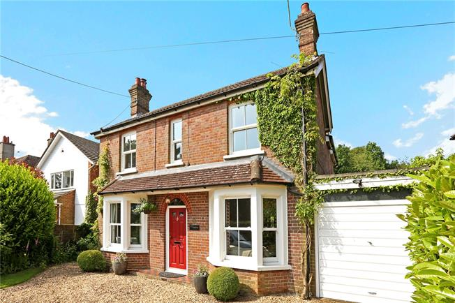 Offers in excess of £775,000, 4 Bedroom Detached House For Sale in South Heath, HP16