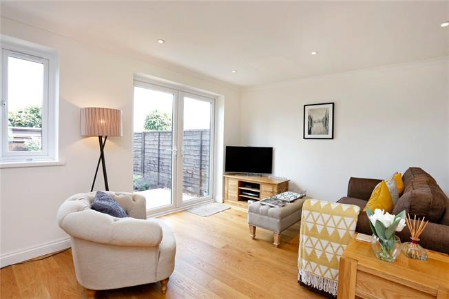 Guide Price £450,000, 3 Bedroom Terraced House For Sale in Great Kingshill, HP15
