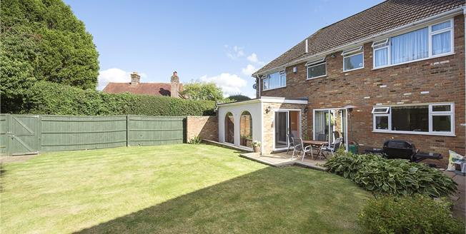 Offers in excess of £850,000, 4 Bedroom Detached House For Sale in Naphill, HP14