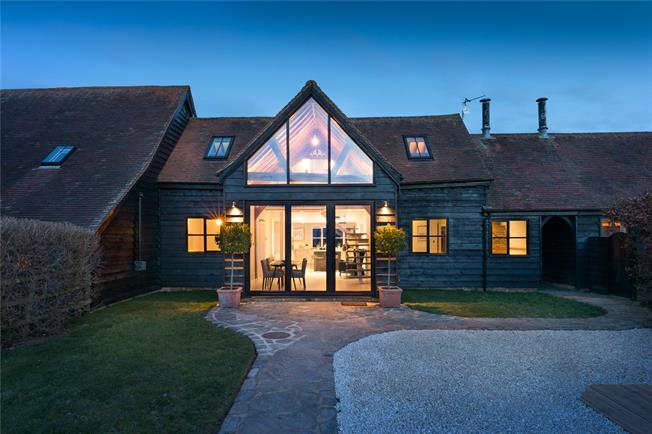 Offers in excess of £750,000, 3 Bedroom House For Sale in Little Meadle, HP17