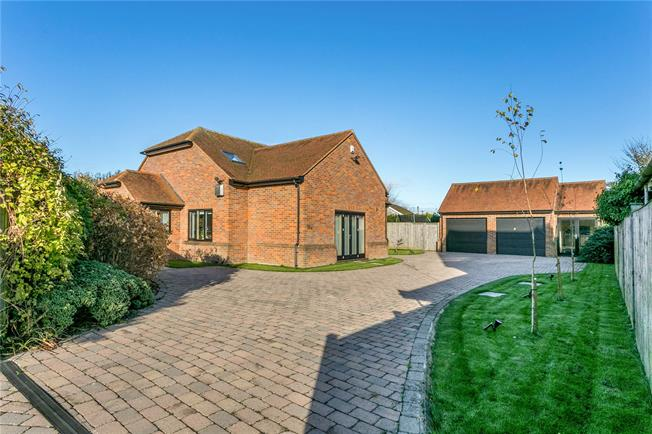 Offers in excess of £850,000, 4 Bedroom Detached House For Sale in Walters Ash, HP14