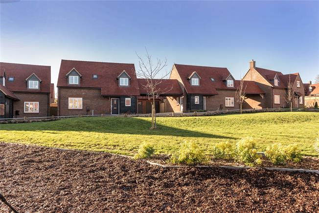 Asking Price £550,000, 3 Bedroom Detached House For Sale in High Wycombe, Buckinghams, HP14