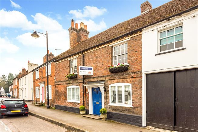 Guide Price £799,000, 4 Bedroom Terraced House For Sale in Wendover, HP22