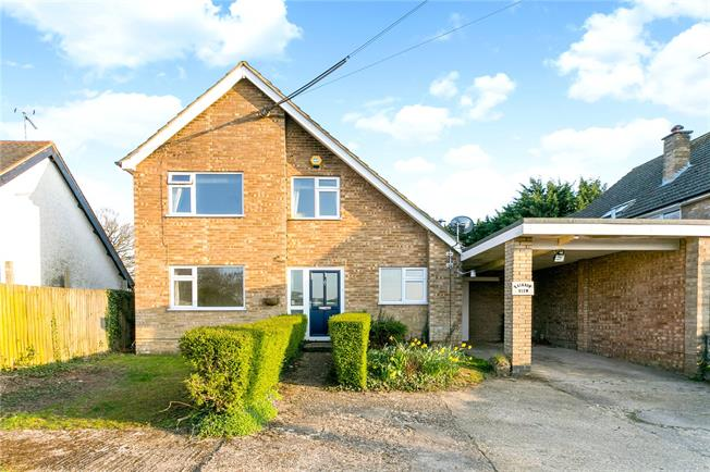 Guide Price £550,000, 2 Bedroom Detached House For Sale in Great Missenden, Buckingh, HP16