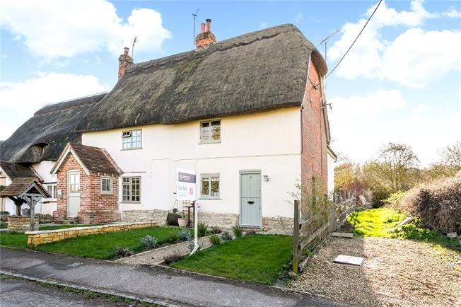 Offers in excess of £375,000, 2 Bedroom Semi Detached House For Sale in Aylesbury, Buckinghamshir, HP17