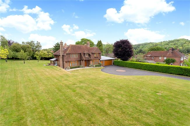 Guide Price £1,750,000, 4 Bedroom Detached House For Sale in High Wycombe, HP14