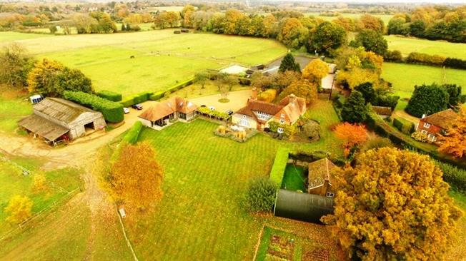 Guide Price £2,750,000, 5 Bedroom Detached House For Sale in Thursley, GU8