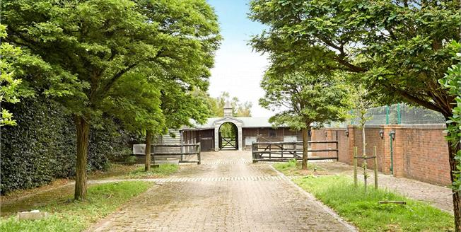Guide Price £2,500,000, 5 Bedroom Detached House For Sale in Tadworth, Surrey, KT20